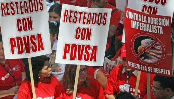 El tema petrolero siempre está en el medio de la discusión política venezolana. (Foto: archivo de manifestación por PDVSA - AFP)