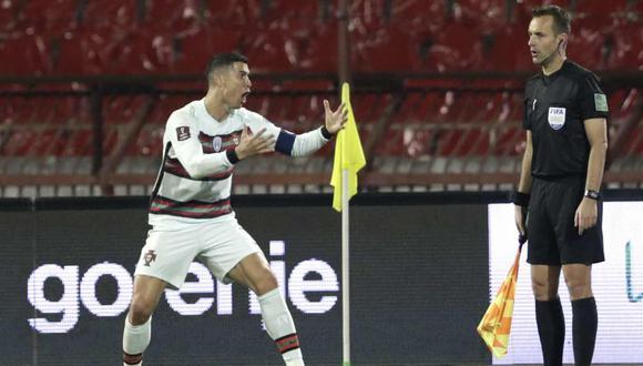 La sanción para el juez asistente que no validó un gol a Cristiano Ronaldo. (Foto: EFE)
