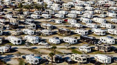 """Nomadland"""": así es la vida de las miles de personas que viven y viajan en casas  rodantes por Estados Unidos   MUNDO   EL COMERCIO PERÚ"""