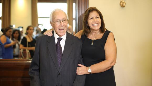 Lourdes Flores Nano pidió recordar a su mentor Luis Bedoya Reyes por su servicio a la política del país. (Foto: Archivo de GEC)