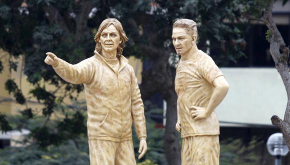Representación de Ricardo Gareca y Paolo Guerrero fue bien vista por la máxima autoridad del fútbol mundial. Se encuentra en el parque Argentina, en San Miguel. (Foto: Hugo Pérez / El Comercio)