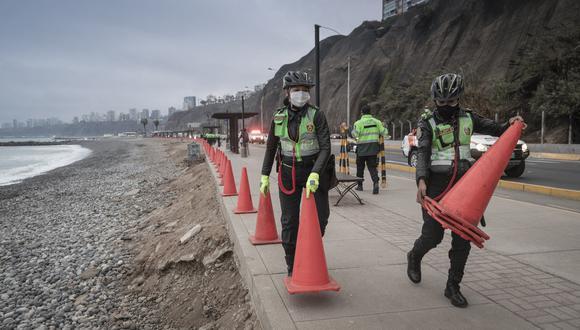 El Ejecutivo ha establecido que los viernes, sábados y domingos  no se permitirá el ingreso a la zona de arena ni al mar en las playas de Lima y Callao. (FOTOS: RENZO SALAZAR)