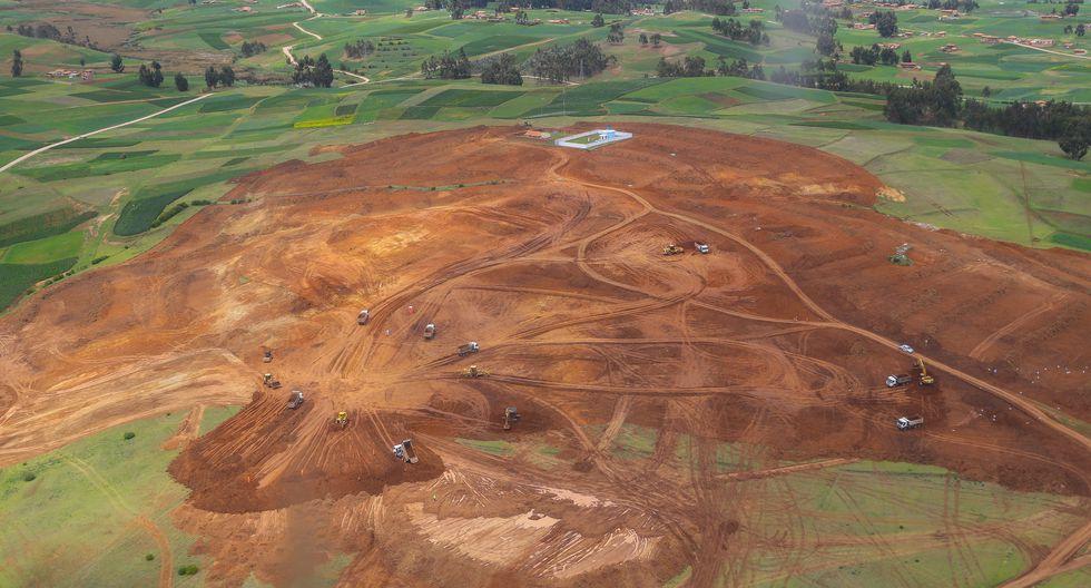 Se prevé que el terminal aéreo se construya en un terreno de 40.000 m2 en Urubamba. En febrero pasado, así lucía la zona. (Foto: Presidencia de la República/archivo)
