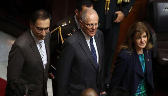 """""""Ninguno de los dos [vicepresidentes] quiere ser parte de un Gobierno que nazca de una maniobra injusta y antidemocrática"""", dijo PPK el miércoles refiriéndose a Martín Vizcarra y Mercedes Aráoz. (Foto: EFE)"""