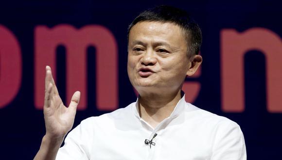 En esta foto de archivo del 12 de octubre de 2018, el presidente del Grupo Alibaba, Jack Ma, habla durante un seminario en Bali, Indonesia.  (AP/Firdia Lisnawati).
