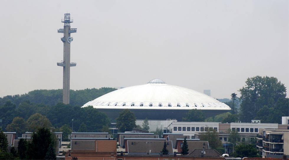 ¿Se puede ver un OVNI en medio de Eindhoven? Conoce el Evoluon - 3