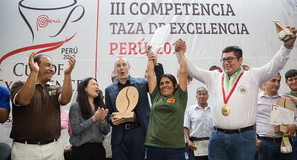 Grimanés Morales Lizana de Cajamarca es la ganadora de la tercera edición de Taza de Excelencia que se celebra en el Perú (Foto: Roger Aguilar / cafelab.pe)