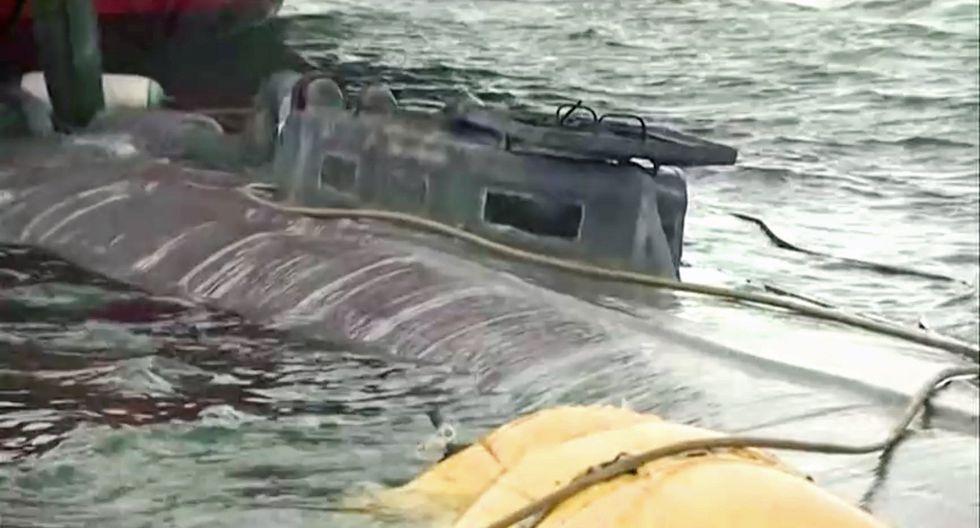 A bordo del narcosubmarino había 152 fardos con más de tres toneladas de cocaína, cuyo valor en el mercado podría superar los 100 millones de euros. (Reuters).