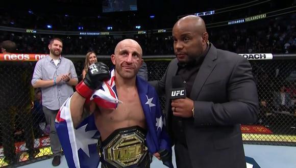 Volkanovski venció a Ortega y retuvo su título en el evento UFC 266