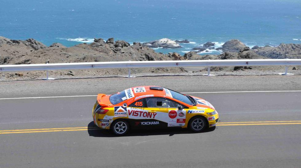 Así quedó auto de Mario Hart tras accidente en Caminos del Inca - 4