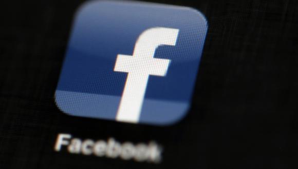 Las acciones de Facebook perdieron casi un 18 por ciento de su valor en los siete días operativos posteriores al surgimiento del escándalo en marzo.<br> (Foto: AP)