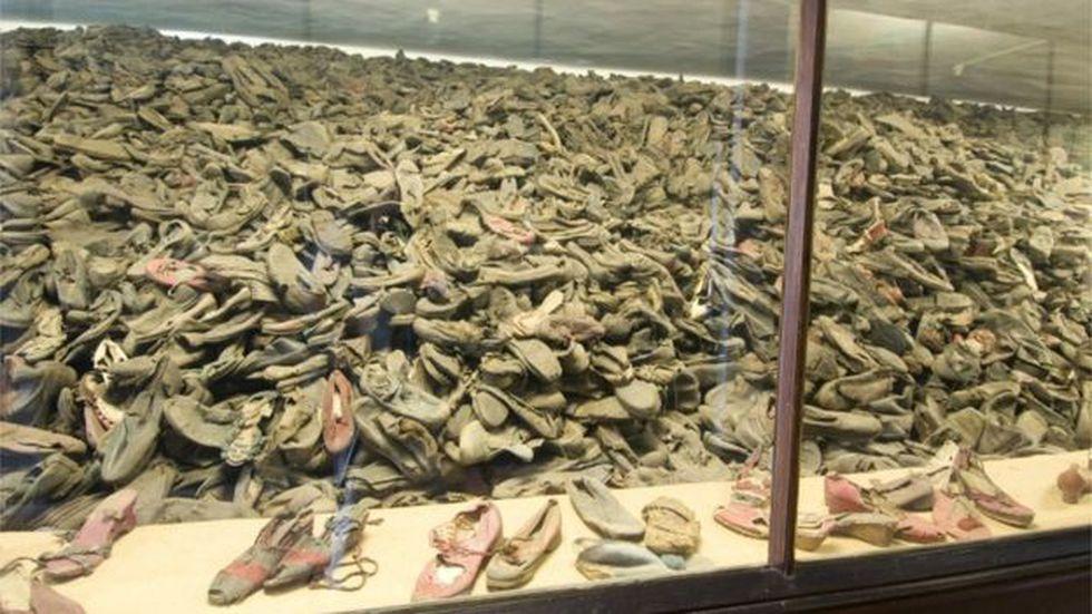 Las excursiones a los campos de concentración como parte de la enseñanza del Holocausto impacta los estudiantes.
