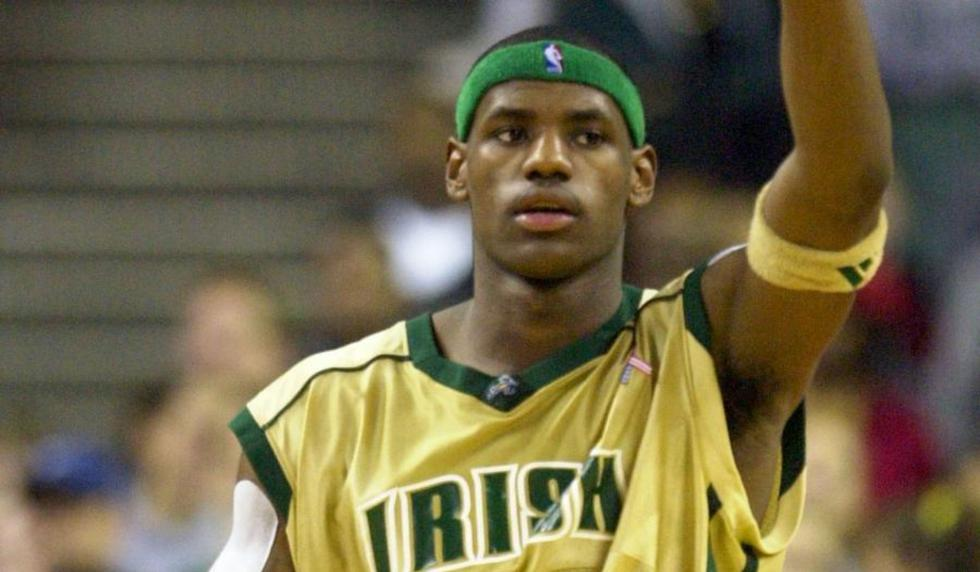 Antes de alcanzar la NBA, LeBron tuvo sus inicios en el  St. Vincent-St. Mary | Foto: AP