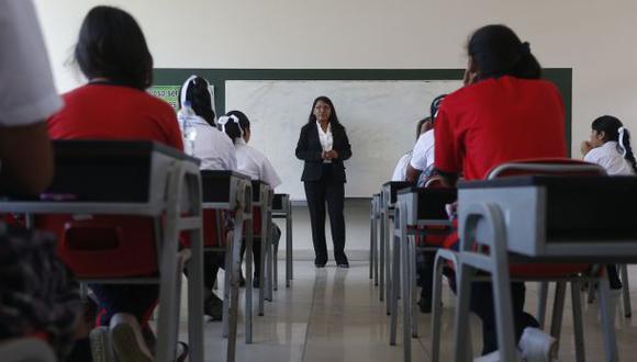 Minedu: Este año se aumentará los sueldos a maestros
