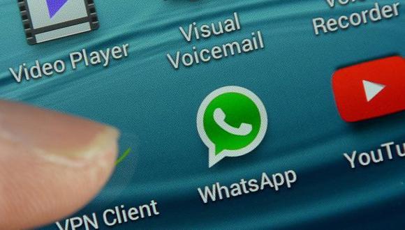 WhatsApp: así puedes mandar fotos con emojis a tus contactos