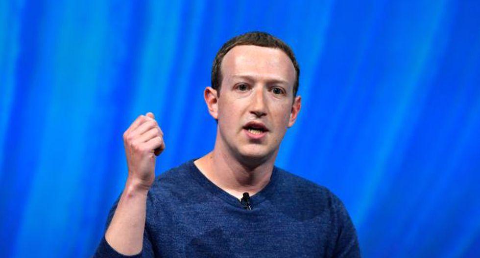 """Mark Zuckerberg advirtió en la reunión del miércoles que """"estamos invirtiendo tanto en seguridad que esto tendrá un impacto significativo en nuestros beneficios"""" (Foto: AFP)"""