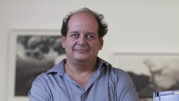 Roberto Huarcaya es uno de los fotógrafos más importantes de nuestro medio. Es fundador y director del Centro de la Imagen. (FOTO: USI / Víctor Vásquez)