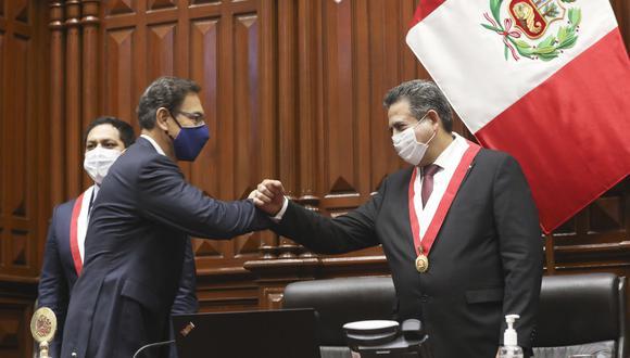 """""""A diferencia del pleito entre Vizcarra y el Congreso anterior, esta vez el Parlamento sí logra encajar algunos golpes"""". (Foto: Congreso)"""