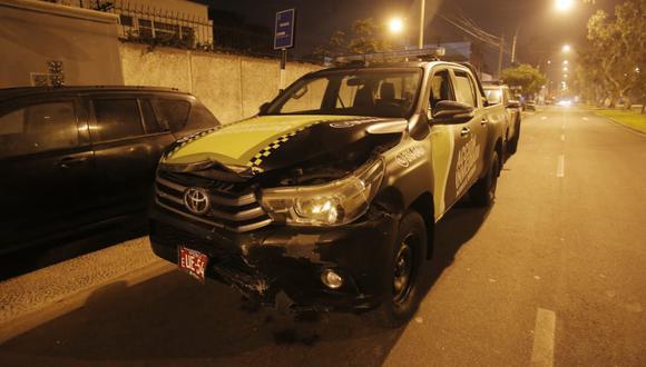 El conductor (31) permanece detenido tras protagonizar dos accidentes. (Foto: César Grados /@photo.gec)