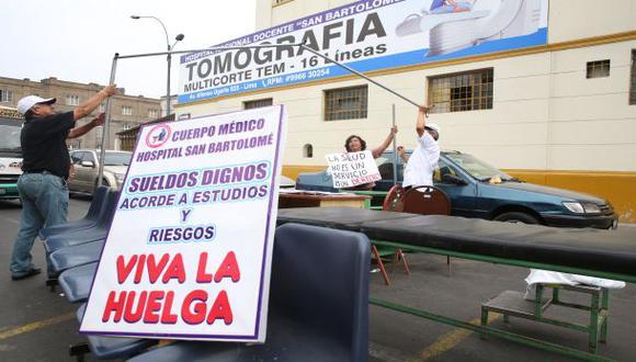 El Minsa busca restituir servicios afectados por huelga