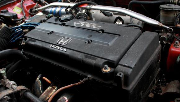 ¿Qué significan las siglas VTEC y VVT-i en los motores?