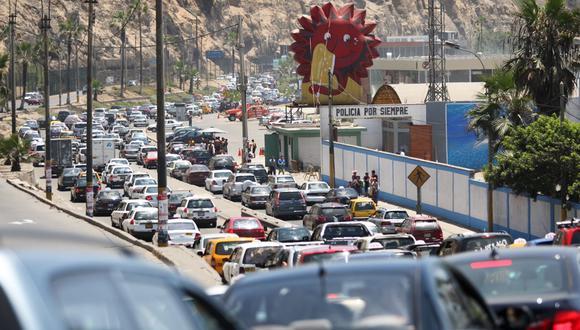 Sólo con la incorporación de la tecnología y el análisis de datos, se pueden superar los problemas de tráfico en Lima, una ciudad de alrededor de 10 millones de habitantes.