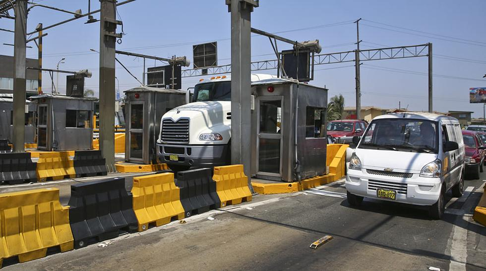 Vía de Evitamiento: conductores rechazan alza de peaje a S/ 5  - 6