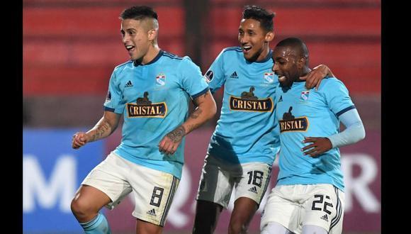 Sporting Cristal vs. Unión Española: 'Titi' Ortiz y el brillante remate para el 2-0 por Sudamericana   VIDEO. (Foto: AFP)