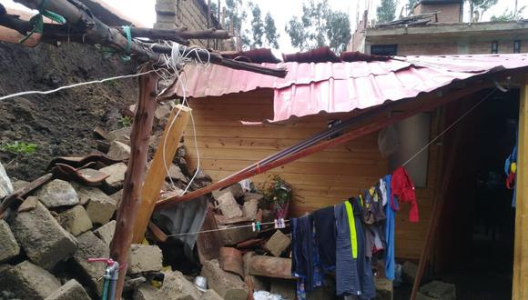 Así quedó la vivienda de madera tras el derrumbe reportado (Foto: Difusión)