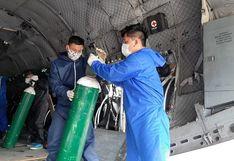 Minsa implementa puente aéreo para enviar 40 balones de oxígeno a hospital de Moyobamba