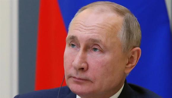 El presidente de Argentina, Alberto Fernández, conversó durante 30 minutos con su homólogo de Rusia, Vladimir Putin, sobre la pandemia de coronavirus y la vacuna Sputnik V. (EFE/EPA/MICHAIL KLIMENTYEV).