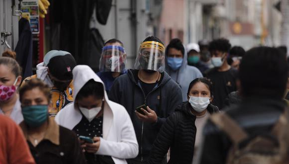 El Minsa evalúa si uso de protectores faciales se hace obligatorio. (Fotos: Leandro Britto)