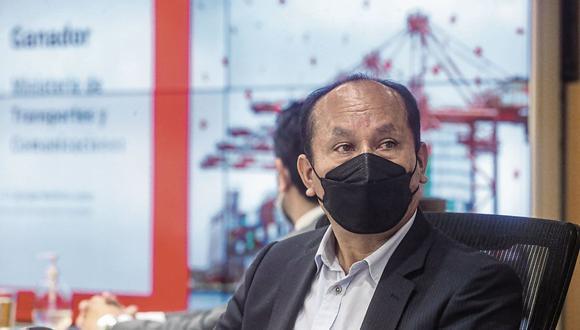 """Ministro Juan Silva protestó respecto a la manera en que el canal estatal TV Perú cubre los hechos noticiosos de la actualidad del país. """"Canal 7 nos golpea a nosotros como si fuera un canal extraño"""", comentó. (Foto: MTC)"""