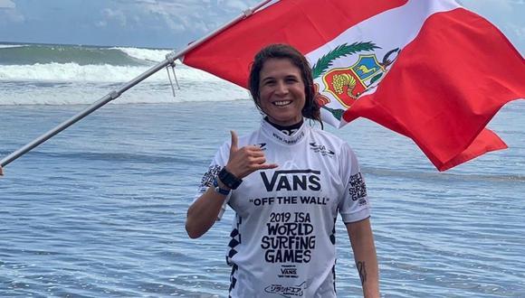 Sofía Mulanovich fue primera en la semifinal del Mundial ISA de Surf en Japón y buscará el título mundial en la categoría de damas. (Foto: Fenta)