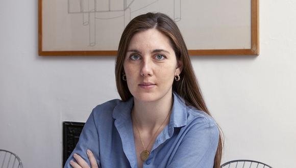 Olivia Sudjic explora el proceso de escritura y los requerimientos editoriales para promocionar un libro.