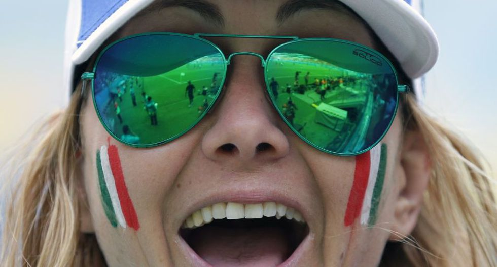 Italia vs. Costa Rica: así lo viven los hinchas en las tribunas - 9