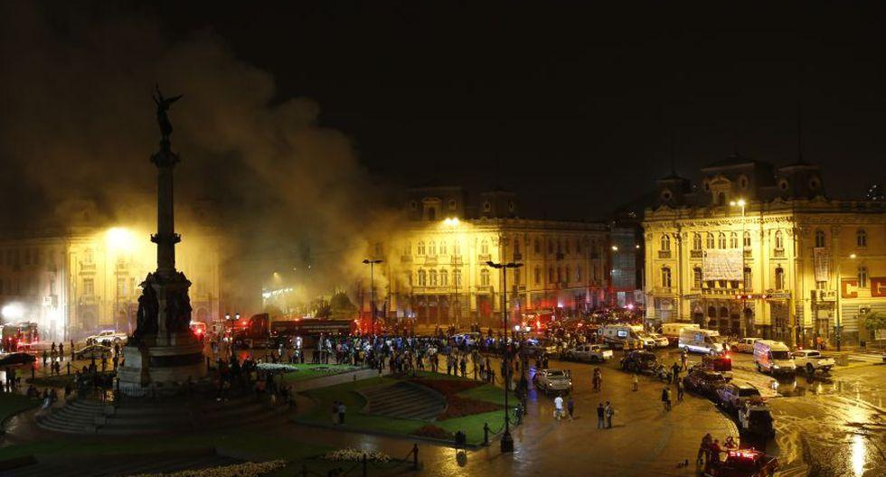Incendio en plaza Dos de Mayo: así trabajaron los bomberos - 3