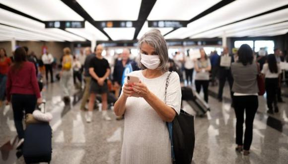 La primera muerte por el nuevo coronavirus en América Latina se registró en Argentina. (Foto: EPA, via BBC Mundo)