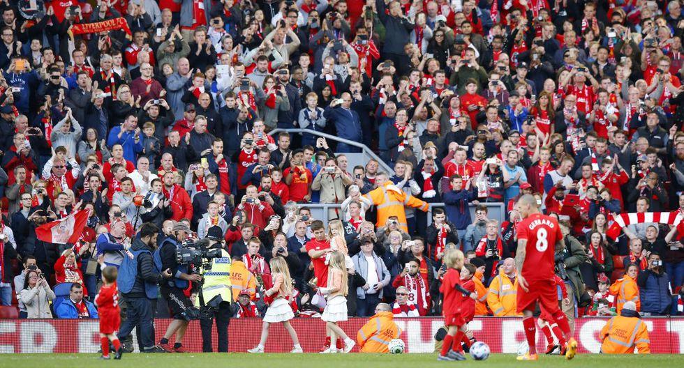 Steven Gerrard y su emotiva despedida del Anfield Road (FOTOS) - 3