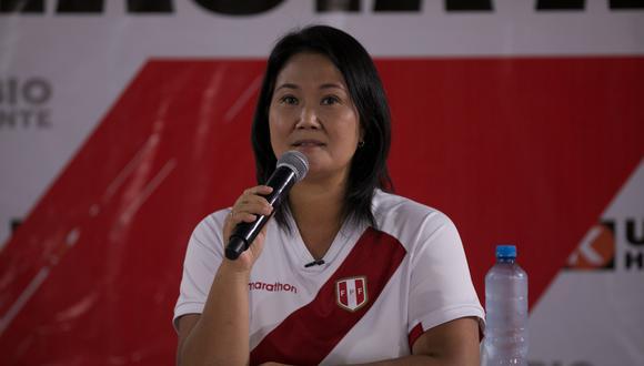 La candidata Keiko Fujimori tuvo una accidentada llegada a la ciudad de Arequipa. (Foto: GEC)