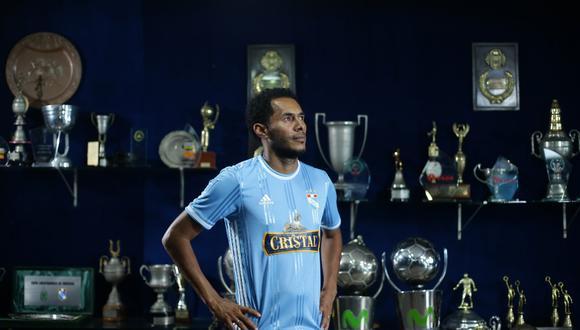 Carlos Lobatón ha ganado cinco títulos nacionales con Sporting Cristal. (Foto: Jesús Saucedo).