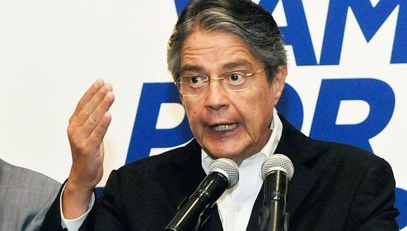 """Lasso: """"Huele mal"""" demora de resultados electorales en Ecuador"""