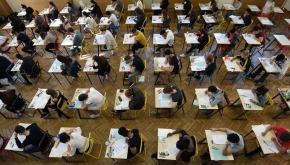 Cuanto mejor sea un estudiante en lectura, menos probabilidades tiene de emprender una carrera en matemáticas según los académicos Thomas Breda y Clotilde Napp. (Foto: Getty)