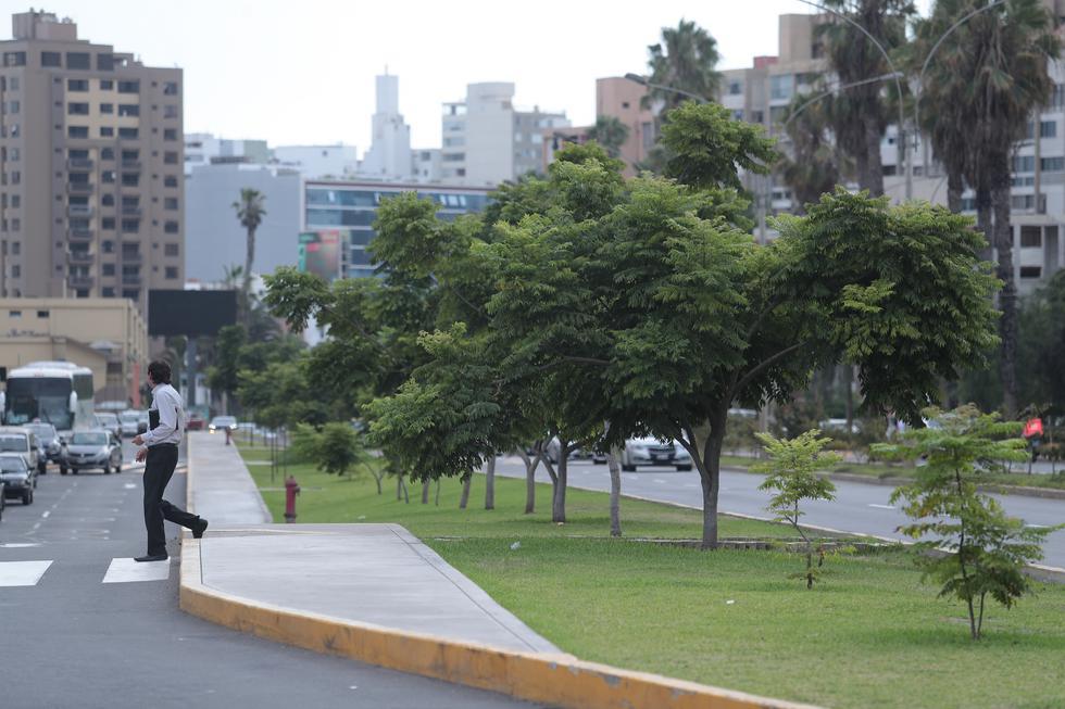 El centro comercial Real Plaza Salaverry propuso un reordenamiento vial en las avenidas Eduardo Avaroa (o Punta del Este), Salaverry, Sánchez Cerro y Huiracocha, en Jesús María. (Fotos: Hugo Pérez / El Comercio)