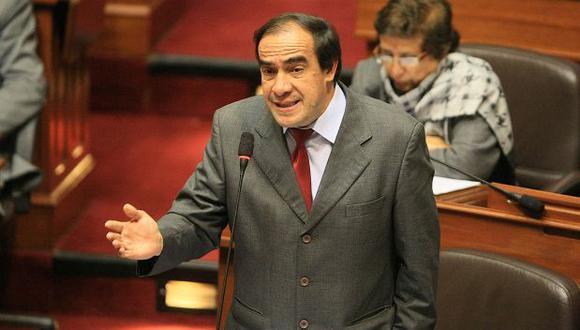 Congresista Yonhy Lescano advierte que insistirá con ese proyecto de ley si el Ejecutivo dispone observarlo. (Foto: Archivo El Comercio)