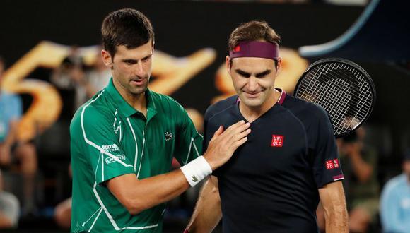 Novak Djokovic considera que Roger Federer es el mejor jugador de todos los tiempos. (Foto: REUTERS)