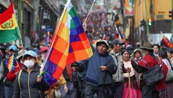 Cientos de simpatizantes del expresidente boliviano Evo Morales marchan este jueves en La Paz (Bolivia). (Foto: EFE)