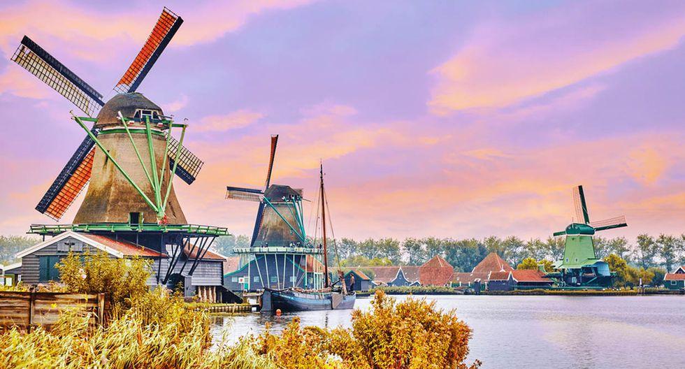 Ámsterdam. En los Países Bajos, los molinos de viento se llevan toda la atención. Pese a ser una ciudad en constante movimiento, Ámsterdam cuenta con ocho de estas tradicionales construcciones que se pueden visitar fácilmente. (Foto: Shutterstock)