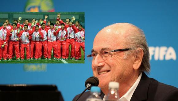 Joseph Blatter felicitó a la selección Sub 15 por oro olímpico