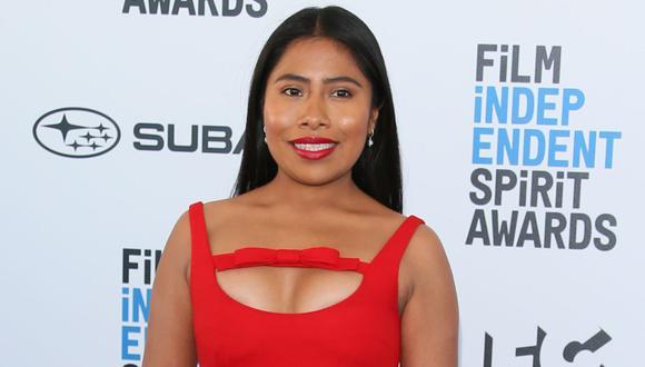 Yalitza Aparicio conducirá show previo a los Globos de Oro. (Foto: AFP)